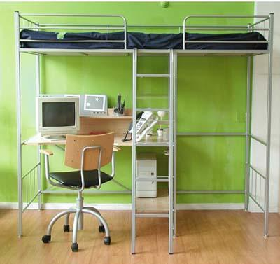 Decoraci n ahorra espacio en tu cuarto con una cama alta for Estructura de cama alta ikea