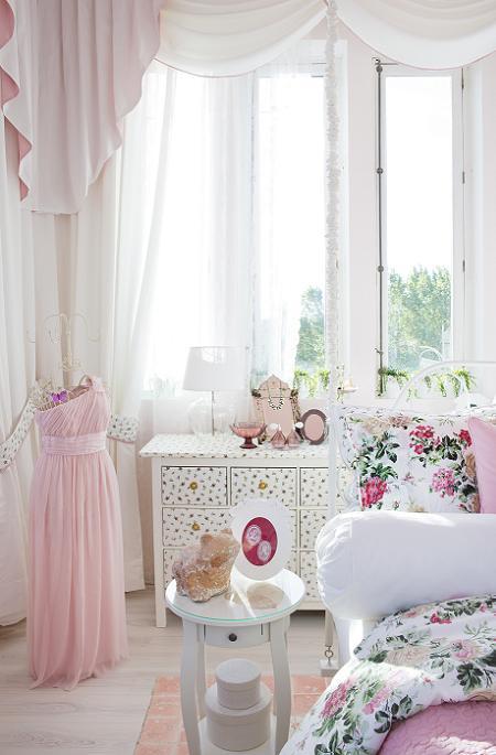 Dormitorio princesa de Ikea