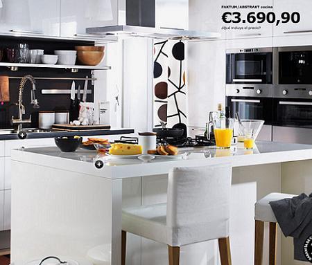 Cocina faktum abstrakt de ikea con isla y barra de for Ikea cocinas 3d planificador