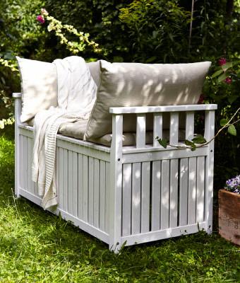 Muebles de ikea para terraza y jard n 2014 for Sofas terraza ikea